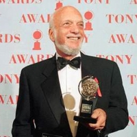BROADWAY IN CHICAGO Theatres To Dim Lights In Memory Of Hal Prince