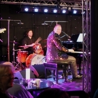 BWW Review: UNDER THE MILKY WAY: TREVOR JONES SINGS THE GREAT AUSTRALIAN SONGBOOK at Downstairs At The Maj