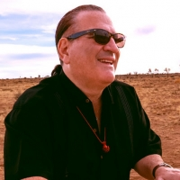Keyboard Wizard David Garfield Set to Release 'Stretchin' Outside The Box' Photo