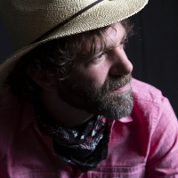 Stephen Kellogg Celebrates Release of New Book OBJECTS IN THE MIRROR with Concert Liv Photo