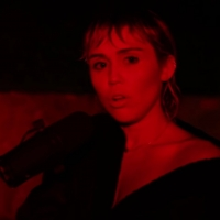 VIDEO: Miley Cyrus Performs 'Wish You Were Here' on SATURDAY NIGHT LIVE's At-Home Edi Photo