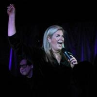 BWW Review: Lauren Frazza Leaves Crowd FEELIN' GOOD at Pangea Photo