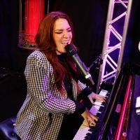 BWW Feature: SARAH HESTER ROSS MUSIC AND COMEDY Rocks Notoriety Live Photo