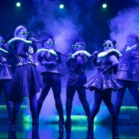 Review Roundup: SIX Opens on Broadway! Photo