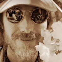 TOM PETTY: SOMEWHERE YOU FEEL FREE Documentary to be Released in Theaters Photo