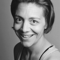 Karen Dunbar Will Play Lady Bracknell In Perth Theatre's THE IMPORTANCE OF BEING EARNEST