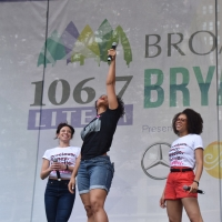 Photo Coverage: Casts of TOOTSIE, MEAN GIRLS and More Sing Out in Bryant Park! Photos