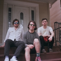 New Jersey Indierock Trio Joy Cleaner Debut New Track 'Pink Lite' Photo