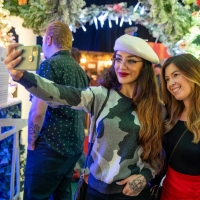BWW Review: DCPA's CAMP CHRISTMAS is a Festive Selfie Wonderland