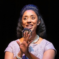 BWW Review: HEY VIOLA! Brings Forth the Important Story Behind the Woman on Cana Photo