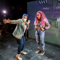 BWW Review: I HATE IT HERE at Goodman Theatre Photo