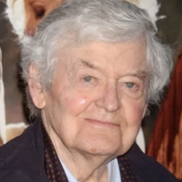 Stage and Screen Actor Hal Holbrook Dies at 95 Photo
