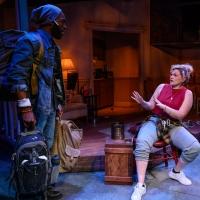 BWW Review: SENDER at Urbanite Theatre
