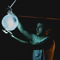 BWW Review: CATCHING COMETS, Pleasance Theatre Photo