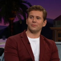 VIDEO: DOWNTON ABBEY Star Allen Leech Talks About Looking Like Niall Horan on THE LATE LATE SHOW