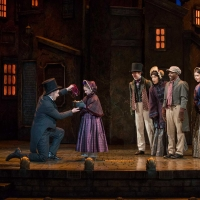 BWW Review: A CHRISTMAS CAROL Upholds Tradition at The Milwaukee Rep Photo