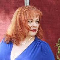 """BWW Review: """"LET'S GET TO KNOW""""  LARA D. HERBERGER Photo"""