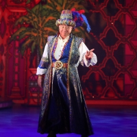 Jimmy Tarbuck Makes Guest Appearance In Wolverhampton Grand Pantomime To Celebrate Theatre's Anniversary!