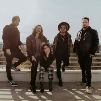 glimmers release new EP 'Worlds Apart' Photo