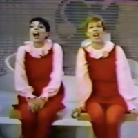 VIDEO: Pass the Time with a Medley from Liza Minnelli & Carol Burnett! Photo