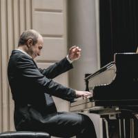 Pianist Alexander Gavrylyuk Performs on Princeton Symphony Orchestra's MOZART & SAINT Photo