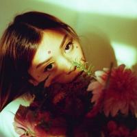 CEHRYL Shares New Single 'SUPERBLOOM' Photo