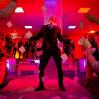 BWW Review: THE WOLF OF WALL STREET, Central London