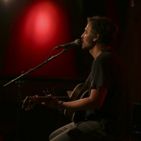 Josh Radnor Announces Debut Solo EP Photo