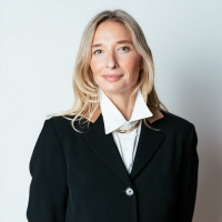 Lily Snyder Appointed As Colnaghi's First Managing Director Of Modern And Contemporar Photo