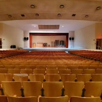 Student Blog: Dear Theater Kid Who Can't Sing Photo