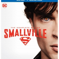 SMALLVILLE Will Be Available on Blu-ray Oct. 19 Photo