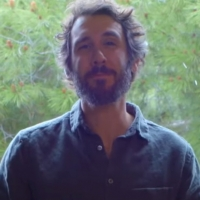VIDEO: Josh Groban Performs 'You've Got A Friend In Me' for the THE DISNEY FAMILY SINGALONG