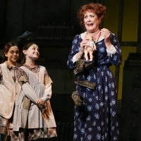 Photo/Video: Get A First Look at Karen Ziemba In ANNIE At NC Theatre Photo