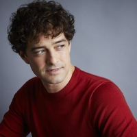 Lee Mead Discusses His CHRISTMAS SINGLE, 'In My Arms For Christmas' Interview