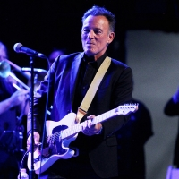 VIDEO: Bruce Springsteen Makes Surprise Appearance at BLINDED BY THE LIGHT Premiere