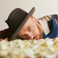 Sam Tinnesz Releases Tragically Inspiring 'I Don't Miss You' Photo