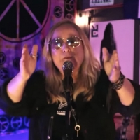 VIDEO: Melissa Etheridge Surprises a 14-Year-Old Guitar Prodigy on THE KELLY CLARKSON Photo