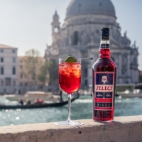 "SELECT APERITIVO and Margherita Missoni Host ""Select 1920 Auction"" Photo"