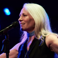 BWW Review: ELIZABETH WARD LAND: STILL WITHIN THE SOUND OF MY VOICE Tells the Story o Photo
