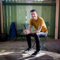 Jim Ward Releases New Song 'Foreign Currency' Photo
