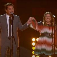 VIDEO: Watch Kelly Clarkson & Jimmy Fallon Duet 'I Got You Babe' Photo