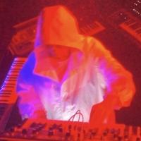 Mike Dean Releases New Visual Album 'ECHOPLEX (Live 2021)' Photo