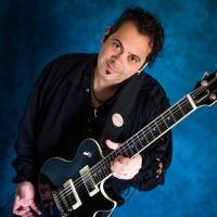 Edi Roque Brings Guitar Wizardy to Arcadia Blues Club Photo