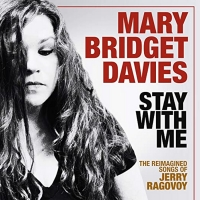 Mary Bridget Davies Gives Concert to 150,000 Fans From Her Living Room Photo