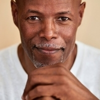 Keenen Ivory Wayans Signs On as Showrunner for THE LAST O.G.