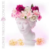 Chloe Flower Releases New Original Single 'Flower Through Concrete' Photo