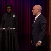 VIDEO: Derren Brown Plays Magical Version of 'Guess Who?' with Jimmy Fallon, Questlove
