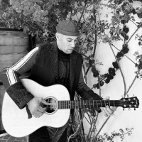 Ben Harper Shares Video For New Single 'Don't Let Me Disappear' Photo