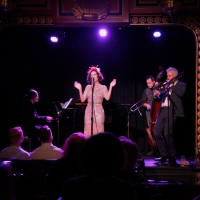 BWW Review: With AMERICAN DIVAS IN PARIS, Chloe Perrier Sings & Swings & Is A Smooth  Photo