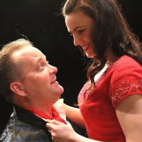 PRESENT LAUGHTER Comes to the Old Mill Theatre Photo